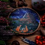 I-Create-Magical-Paintings-On-Wood-and-Jewelry-Inspired-By-The-Forest-5a7b2bc752888__880